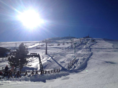 Sciare a Sarnano sui Sibillini - Cicloturismo e mountain bike sui Sibillini Deltaplano e parapendio a Sarnano - Appartamenti Residence Il Glicine